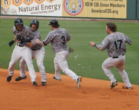 Tyler Salidino capped Birmingham's 5-run 9th yesterday with a walk-off single. (John Shadrick)